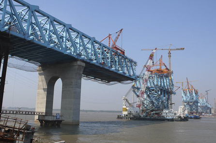 High-speed railway line from Beijing to Shanghai, Nanjing Big Bridge, Supervision